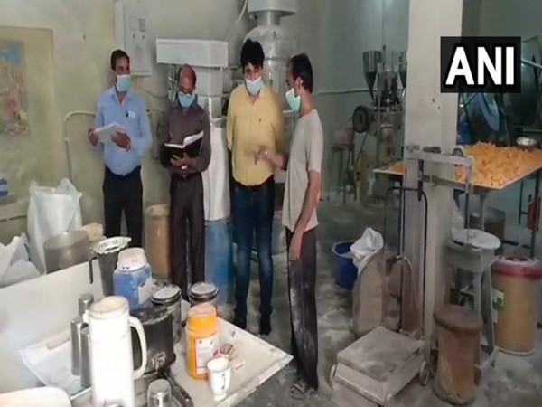 The food inspection team in the factory. Photo/ANI
