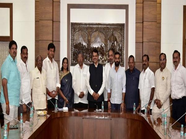 Various party MLAs, independent legislators extend support to Maharashtra Chief Minister Devendra Fadnavis.