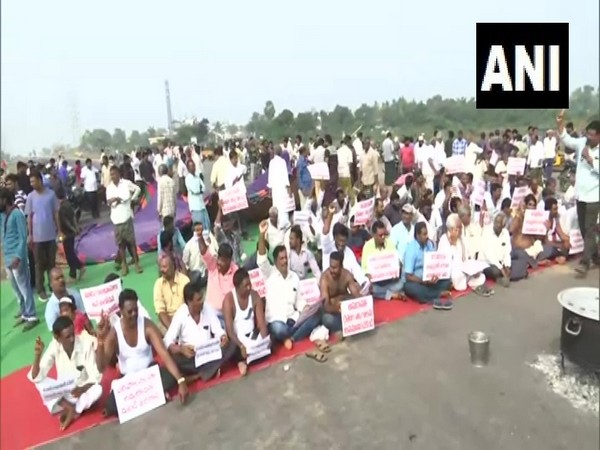 Farmers protest against GN Rao committee report