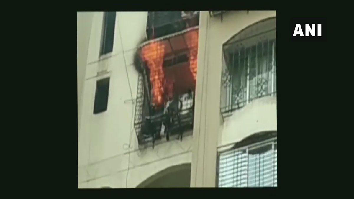 Visuals of fire at Minar Towar in Mumbai.