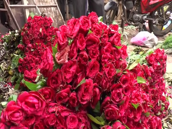 Local flower market in Kanpur is out of business due to COVID-19. (Photo/ANI)