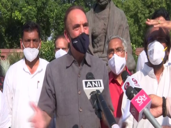 Congress MP Rajya Sabha Ghulam Nabi Azad speaking in New Delhi on Sunday.