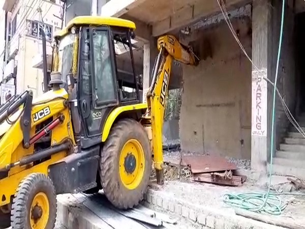 Visual from the demolishing work ongoing in Visakhapatnam. Photo/ANI