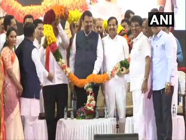 Ganesh Naik joins BJP