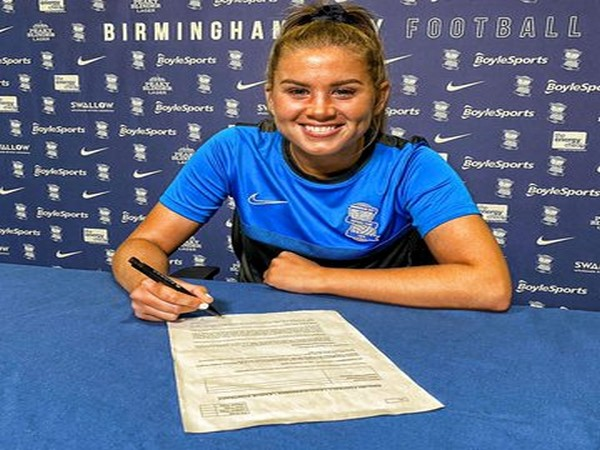 Defender Georgia Brougham (Photo/Birmingham City Women Twitter)