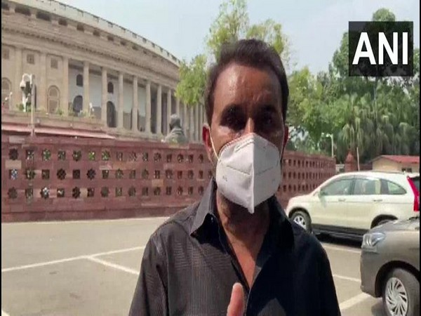 Congress MP Shaktisinh Gohil speaking to ANI on Monday.