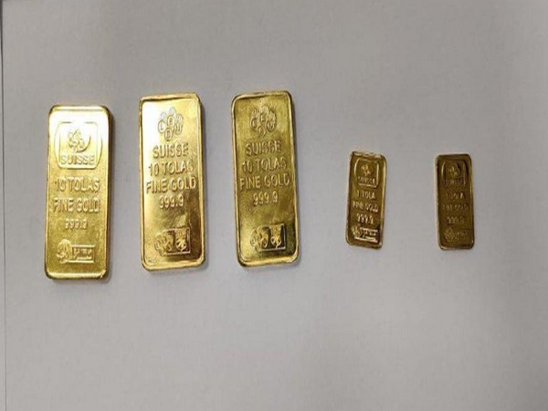 The total gold seized from all the passengers put together is 3.11 kgs and is valued at Rs.1.66 Crores