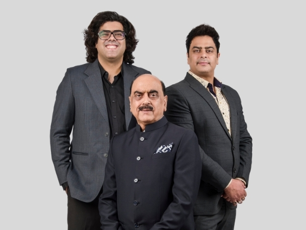 Unique Jatwani,V.B.Jatwani and Deveyn Jatwani,Founders of Golden Matrimonial Service  (Left to Right)
