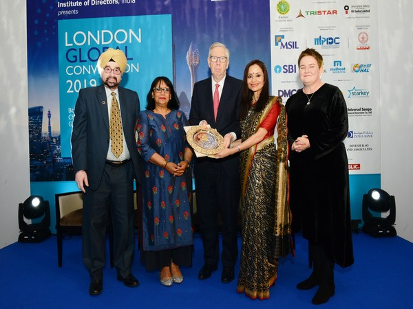 Chairperson of JSPL Foundation Shallu Jindal receiving the Golden Peacock Award for Social and Cultural Leadership-2019.