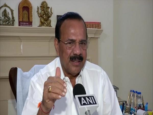 Union Minister of Chemicals and Fertilizers DV Sadananda Gowda speaking to ANI on Monday. Photo/ANI