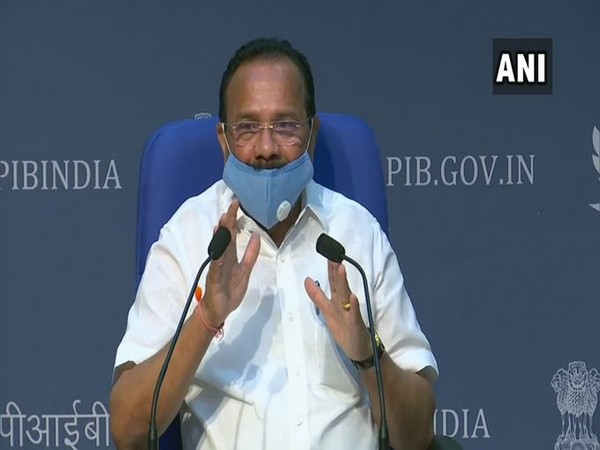 Union Minister for Chemicals and Fertilisers Sadananda Gowda addressing a press conference in New Delhi on Monday.