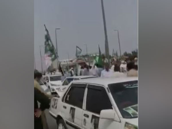 PDM Rally heading towards Gujranwala (Photo/ANI)