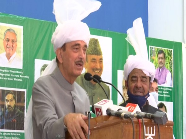 Senior Congress Ghulam Nabi Azad speaking at a public event in Jammu on Sunday. Photo/ANI