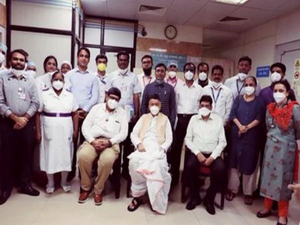 Maharashtra Governor Bhagat Singh Koshyari visits Sir JJ Group of Hospitals in Mumbai on Saturday. Photo/ANI