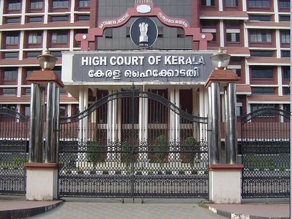 Kerala Hc Seeks State Govt S Response On Rehana Fathima S Anticipatory Bail Plea Ani Bw Businessworld