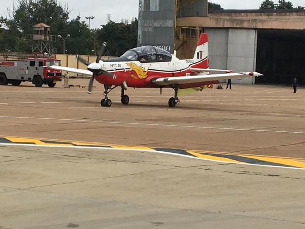 HAL's HTT-40 successfully demonstrates critical 6 turn left spin capability