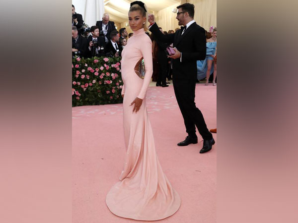 Hailey Bieber at the Metropolitan Museum of Art Costume Institute Gala - Met Gala - Camp: Notes on Fashion - Arrivals - New York City, U.S.