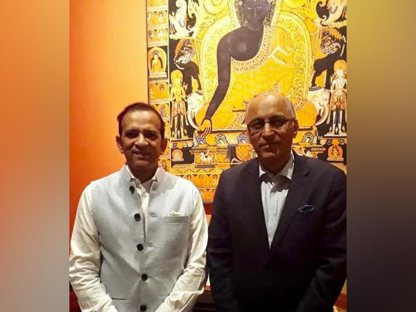 Indian Ambassador to Islamabad Ajay Bisaria and Pakistan's High Commissioner to New Delhi Moin ul Haque