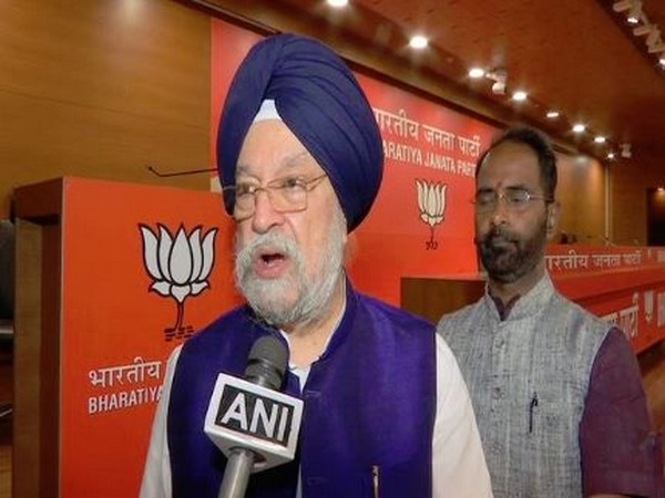 Union Minister of State (Independent Charge) for Housing and Urban Affairs Hardeep Singh Puri (File Photo)