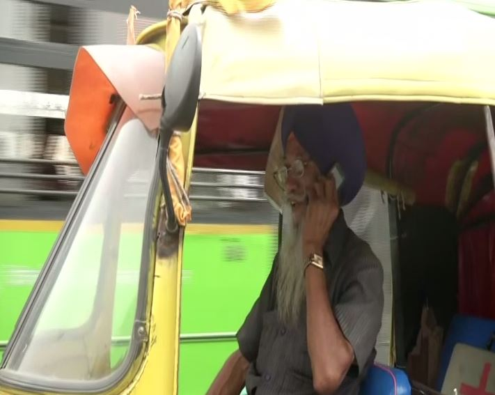 "Harjinder Singh, the 76-year-old ""auto-ambulance"" driver (Photo/ANI)"