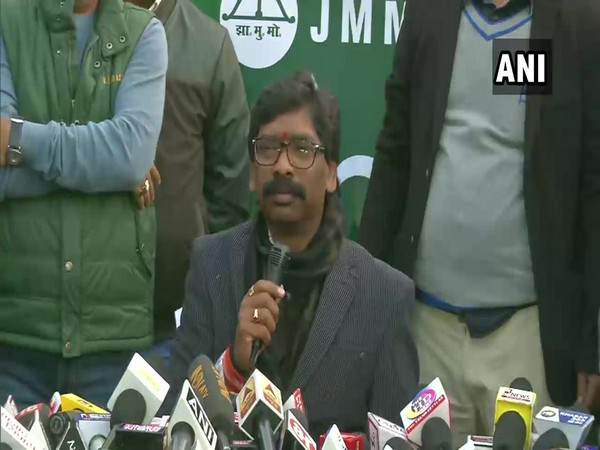 JMM leader Hemant Soren speaking at a press conference in Ranchi on Monday.