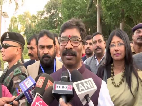 Jharkhand Chief Minister Hemant Soren talking to reporters in Ranchi on Sunday. Photo/ANI