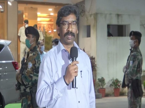 Jharkhand Chief Minister Hemant Soren speaking to reporters in Ranchi on Wednesday. [Photo/ANI]