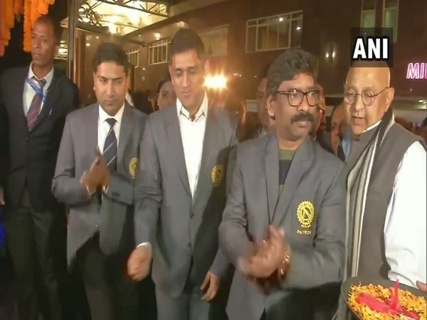 Jharkhand Chief Minister Hemant Soren and Former Indian Cricket team Captain Mahendra Singh Dhoni in an event at Ranchi in JSCA Stadium on Thursday Photo/ANI