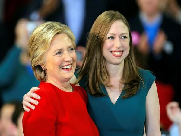 Hillary Clinton and  Chelsea Clinton