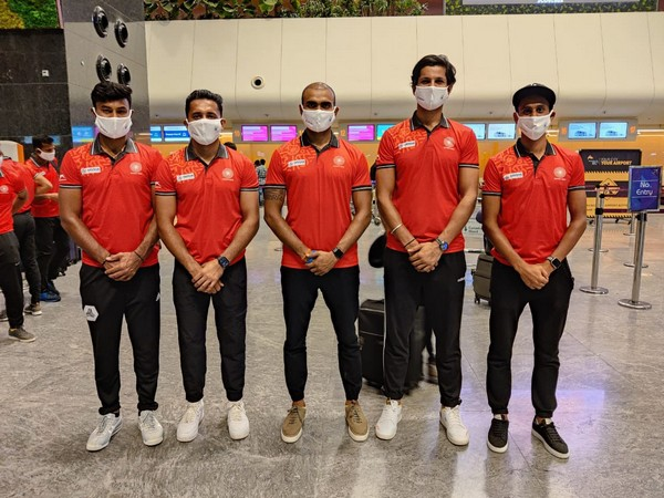 Indian hockey team players before leaving for Argentina (Photo/ Hockey India Twitter)