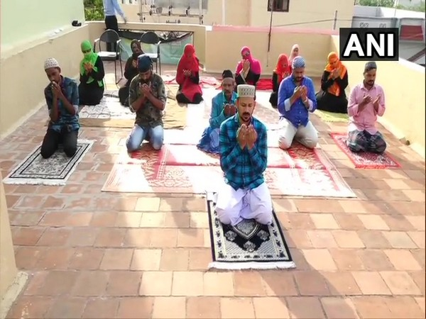 People in Karnataka's Hubli offered Eid namaaz and celebrated the festival at their homes on Monday. [Photo/ANI]