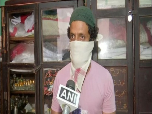 Mohammed Hyder, shroud shop owner in Hyderabad speaking to ANI. (Photo/ANI)