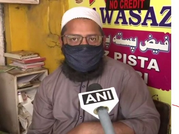 Mohammed Anwar Ali, a shop keeper, speaking to ANI in Hyderabad on Sunday. Photo/AN