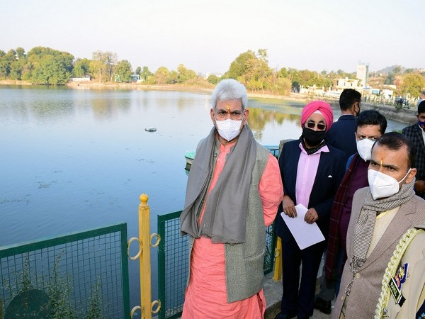 Lieutenant Governor of Jammu and Kashmir Manoj Sinha during his visit to the twin lakes.