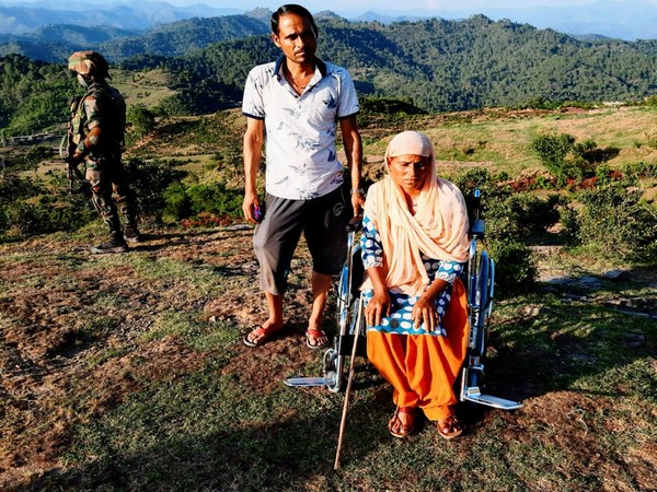 Residents of J-K receive wheelchair by Army