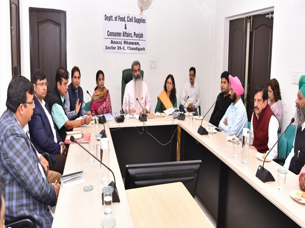 Food and Civil Supplies Minister Bharat Bhushan Ashu in a meeting with the office bearers of Depot Holders Associations at Anaj Bhawan, Chandigarh, on Friday.