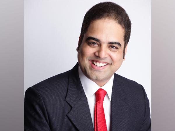 Vineet Bajpai, author