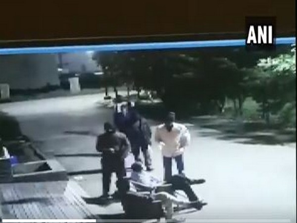 5 men commit robbery at a builder's residence in Indore's Lasudia area keeping the guard at gunpoint. [Photo/ANI]