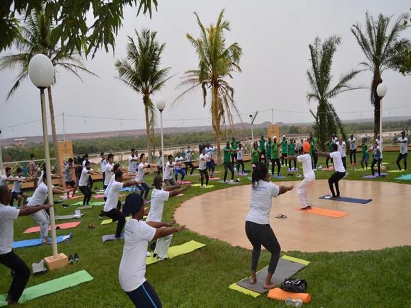 7th International Yoga Day celebrated with enthusiasm across the world (Photo Credit: Arindam Bagchi)