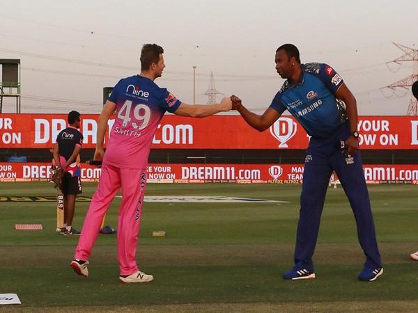 RR skipper Steve Smith and Mumbai Indians stand-in captain Kieron Pollard (Photo: BCCI/ IPL)