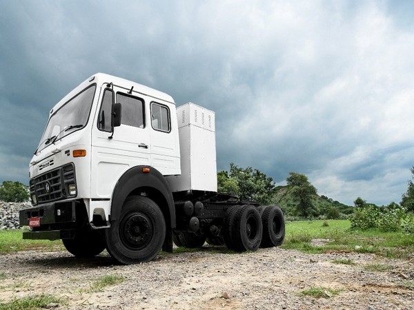IPLT Rhino 5536, the first truck by the Company can Go Anywhere, Anytime