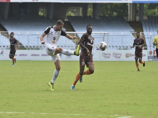 Mohammedan Sporting in action against Gokulam Kerala. (Photo/ Durand Cup)