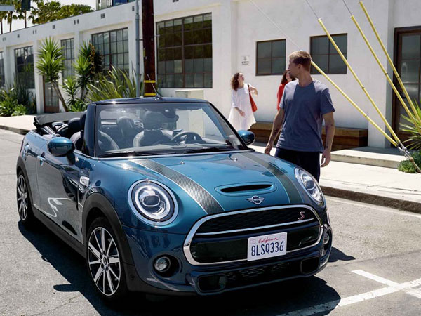 MINI Convertible Sidewalk Edition