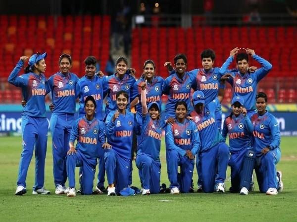 Indian women's cricket team (Photo/ Sachin Tendulkar Twitter)
