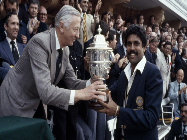 Kapil Dev being presented with 1983 World Cup trophy (Photo: ICC)
