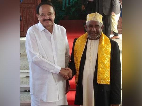 Vice President M Venkaiah Naidu and Comorian President Azali Assoumani in Moroni, Comoros on Friday. (Photo Source: PIB Twitter)