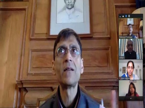 Professor Makarand Paranjape speaking on 'The Oceanic Gandhi' as part of grand finale of the 150th Birth Anniversary of Mahatma Gandhi organised by Indian Embassy in Antananarivo