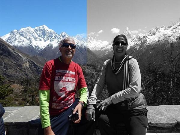 Mumbai based woman climber Anjali S Kulkarni (right) with her husband (left). (Photo/ANI)