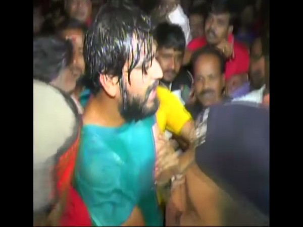 Ruckus outside District Jail, Indore