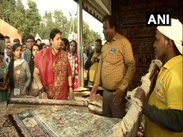 Union Cabinet Minister for Textiles and Women and Child Development Smriti Irani at Hunar Haat in New Delhi. Photo/ANI
